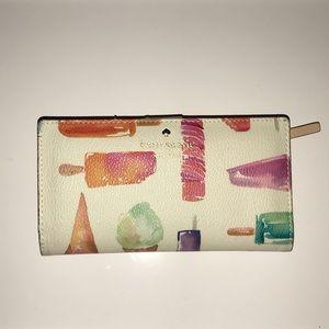 Kate Spade Wallet 🍦